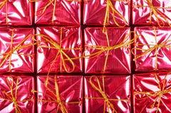 Mali czerwoni prezentów pudełka Zdjęcia Stock
