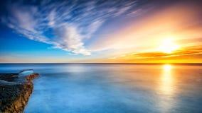 Mali Losinj-Sonnenuntergang in dem Meer stockbilder
