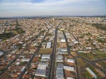 Mali miasta w Ameryka Południowa, miasto Botucatu w stanie Sao Paulo, Brazylia fotografia royalty free