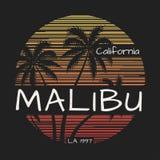 Malibu California trójnika druk z drzewkami palmowymi royalty ilustracja