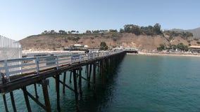Malibu-Pier und -strand stock footage