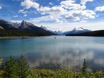 Maligne湖在贾斯珀国家公园在加拿大,亚伯大 免版税图库摄影