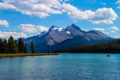 Maligne湖,碧玉国家公园 免版税库存照片