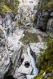 Maligne Canyon, Jasper National Park, Alberta, Canada. Maligne Canyon ist ein schmaler, bis 55 Meter tiefer Canyon mit Wanderwegen ********** Maligne Canyon is a Stock Image