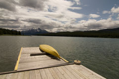Maligne Lake. Kanoo @ Maligne Lake summer 2009 Royalty Free Stock Image