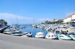 Malinska, isola di Krk, mare adriatico, Croazia immagini stock