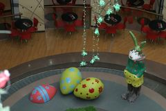 Mall - bereiten Sie für Ostern vor Stockfotos