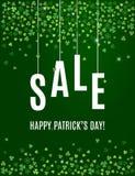 Mall för baner för försäljning för dag för Patrick ` s med treklöversidor på mörker - grön bakgrund vektor Royaltyfri Illustrationer