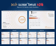 Mall 2016 för design för vektor för skrivbordkalender Stor uppsättning av 12 månader Veckan startar söndag Royaltyfria Bilder