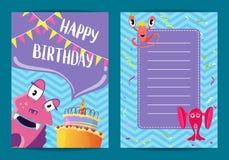 Mall för kort för lycklig födelsedag för vektor med gulliga tecknad filmmonster, kaka, girlander Royaltyfria Foton