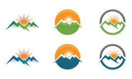 Mall för M High Mountain Logo Royaltyfri Fotografi