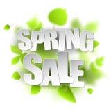 Mall för vårförsäljningsplakat för kortet, plakat, reklamblad, baner, broschyr Gröna suddiga blad på vit bakgrund Royaltyfria Foton