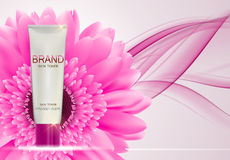 Mall för rör för hudfärgpulverflaska för annonser eller tidskriftbakgrund Royaltyfri Foto