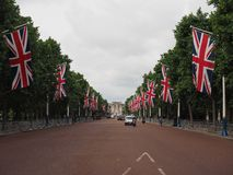 Mall in London. LONDON, UK - CIRCA JUNE 2017: The Mall links Trafalgar Square to Buckingham Palace Royalty Free Stock Images
