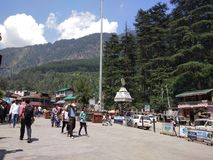 Mall road,manali, himanchal Pradesh, view greenery ,hill station area. Often referred to as the heart of the town, the Mall Road in Manali is the focal point of Stock Photo