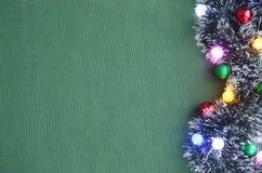 Malla de la Navidad, guirnalda 2018 Foto de archivo libre de regalías