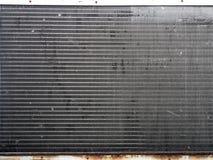 malla metálica en la transferencia de calor de la unidad del acondicionador de aire Foto de archivo