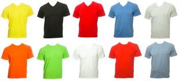 Mallar för den Shortsleeve bomullstshirten av olika färger isolerade nolla Royaltyfri Bild