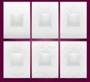 Mallar för fastställd vit för vektor förpackande med geometrisk för silver linjär och blom- damast modelltextur för lyxig produkt stock illustrationer
