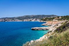 Mallorca, Hiszpania; Marzec 22, 2018: widoki paradisiacal zatoczki fotografia stock