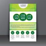 Mallreklamblad med polygonal bakgrund Royaltyfria Bilder