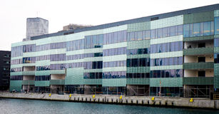 Malmö uniwersytet, Szwecja, Skane, Malmo, Nowożytny uniwersytet Fotografia Stock