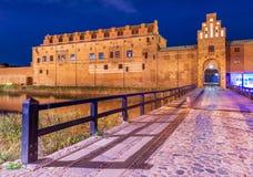 Malmö, Suecia: Vista del museo del castillo de Mamlo en la noche imagen de archivo libre de regalías
