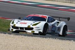 12 malmHankook Mugello 18 mars 2017: #488 oktan 126, Ferrari 488 GT3: Bjorn Grossmann Fabio Leimer på den Mugello strömkretsen Arkivbild