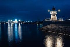 Malmo miasta miastowy krajobraz przy nocą, Szwecja Zdjęcie Stock