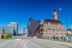 MALMO SVERIGE - AUGUSTI 27, 2016: Maritimt universitet för värld i Malmo, Sverige Nordenskioldsgaten stree arkivfoto