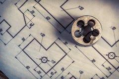 Malningskärare och mekaniska delar av diagrammet fotografering för bildbyråer