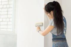 Malować ścianę fotografia stock
