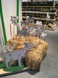 Malować krowy w supermarkecie i kózki Obraz Royalty Free