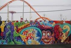 Malowidło ścienne sztuka przy nowymi ulicznymi sztuki przyciągania Coney sztuki ścianami Obrazy Stock