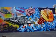 Malowidło ścienne sztuka przy nowymi ulicznymi sztuki przyciągania Coney sztuki ścianami przy Coney Island sekcją w Brooklyn Fotografia Royalty Free