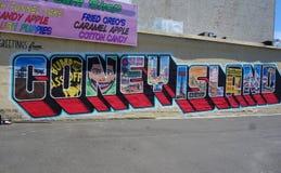 Malowidło ścienne sztuka przy nowymi ulicznymi sztuki przyciągania Coney sztuki ścianami przy Coney Island sekcją w Brooklyn Obrazy Royalty Free