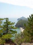 Malownicza linia brzegowa zachodni wybrzeże Jeziorny Baikal Odgórny widok Obrazy Stock