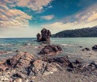 Malowniczy Śródziemnomorski seascape w Turcja Widok mali półdupki Obrazy Royalty Free