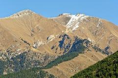 Malowniczy krajobraz Kaukaz w Listopadzie Teberda, Karachay-Cherkessia, Rosja Zdjęcie Royalty Free