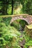 Malowniczy stary kamienia most Zdjęcia Stock