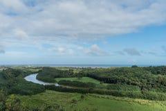 Malowniczy Wailua Rzeczny dukt po tym jak ważna ulewa na Kauai, Hawaje zdjęcie stock