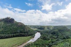 Malowniczy Wailua Rzeczny dukt po tym jak ważna ulewa na Kauai, Hawaje obrazy royalty free