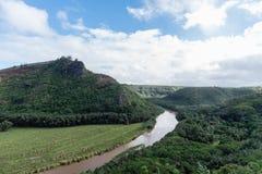 Malowniczy Wailua Rzeczny dukt po tym jak ważna ulewa na Kauai, Hawaje obraz royalty free