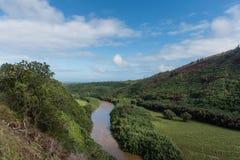Malowniczy Wailua Rzeczny dukt po tym jak ważna ulewa na Kauai, Hawaje fotografia royalty free