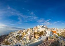 Malowniczy widok, Stary miasteczko Oia lub Ia na wyspie Santorini, zdjęcia royalty free