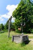 Malowniczy wiejski krajobraz z well żuraw Fotografia Royalty Free