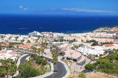 Malowniczy znakomity krajobraz piękni kurortu playa de lasy Americas na Tenerife, Spain zdjęcia stock
