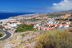 Malowniczy znakomity krajobraz piękni kurortu playa de lasy Americas na Tenerife, Spain obraz royalty free