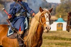 Maloyaroslavets, Rússia - 14 de outubro de 2018: Reconstrução histórica da batalha de Maloyaroslavets de 1812 imagens de stock