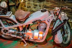 Maloyaroslavets Ryssland - Oktober 2018: BMW R-35 motorcykel royaltyfri bild